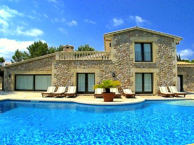 Photo for Stunning luxury beach villa for 12 with private swimming pool in Puerto Pollensa