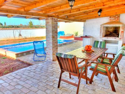 Photo for Holiday house with pool and fitness