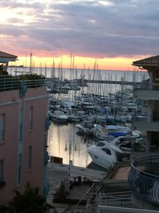 Photo for Beautiful  two room appartement with terrace view on the harbour.