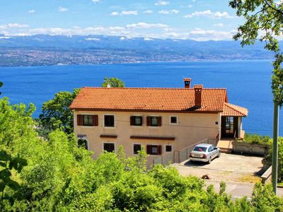 Photo for One bedroom apartment with terrace and sea view Liganj, Opatija (A-2337-a)