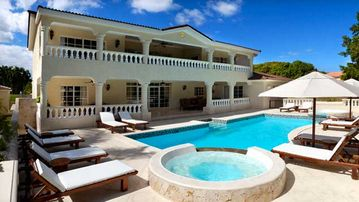 Guaranteed BEST deal on luxurious Dominican vacations
