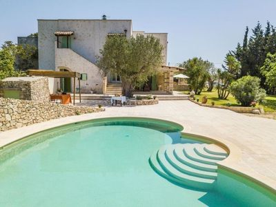 Photo for Vacation home Villa Loren in Ortelle - 8 persons, 5 bedrooms