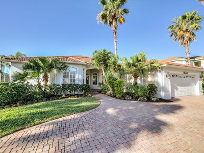 Photo for Upscale 4bdrm, 3 ba, 2550 sf Home in Premium Gated Golf Course Community