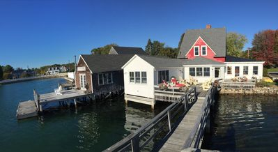 Deck, Pier & floating dock for swimmers boaters nature lovers & sun worshipers.