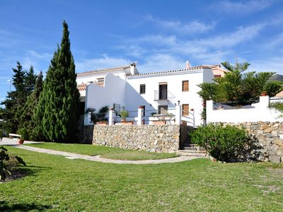 Photo for Villa in Benalmádena - Large gardens and magnificent views