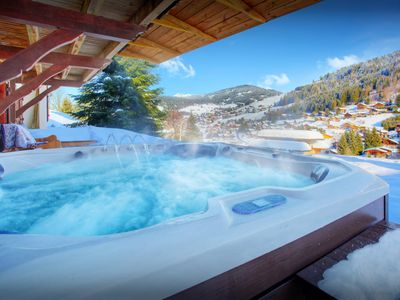 Photo for Ski in ski out 4* chalet for 14 - hot tub, sauna, terraces - OVO Network