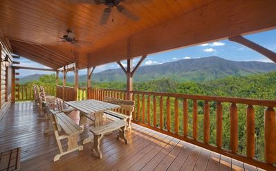 Photo for Amazing cabin - Newly renovated - In The Preserve