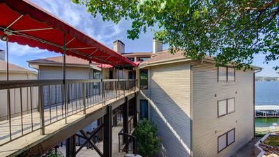Photo for Adorable Condo w/ Lakeviews!! Great Location!