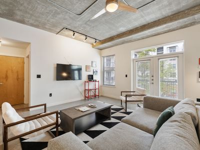 Photo for Kasa | Austin | Dreamy 1BD/1BA Downtown Apartment