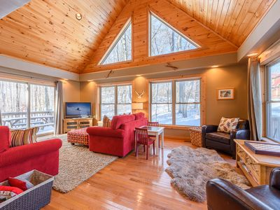 Photo for 3BR/3BA Cabin in Beech Mountain, NC, Great Location, Close to Ski Slopes
