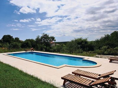 Photo for This 5-bedroom villa for up to 9 guests is located in Svetvincenat/Svetvinčenat and has a private sw