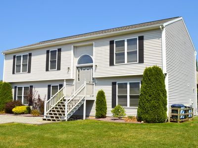 Photo for Short Walk From Scarborough Beach! Spacious Summer Rental! Perfect for Families!