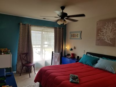 Photo for Hotel Style Home Feel! 3Bd, 1.5Ba. Daily Hotel Service & Live-In Hosts! Great $$