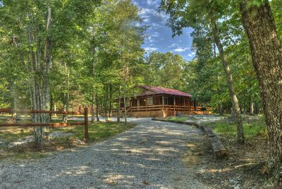 Relax and enjoy the comforts of the Sportsman's Cabin!