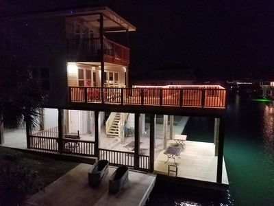 Beautiful Bay View Water Front Canal Home...the perfect get away!
