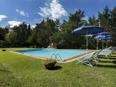 Photo for Villa Laura - With private pool, free wi-fi, tennis court, billiards