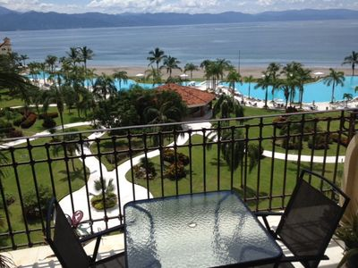 Photo for Beautiful One Bedroom Oceanfront Condo in Marina Vallarta
