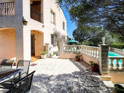 Photo for Stunning private villa for 8 guests with WIFI, private pool, TV, balcony and parking