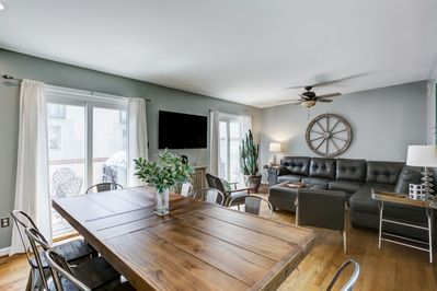 Come to relax at this upscale, luxury home that's two block away from Inner Harbor!