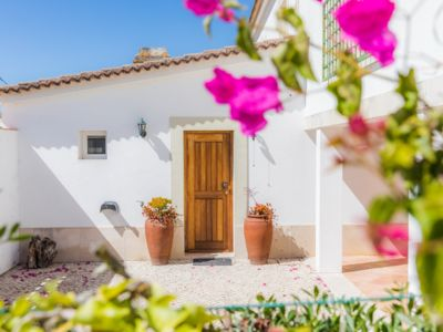 Photo for Villa with air conditioning, outdoor space and 5 minutes from Meco beach by car.