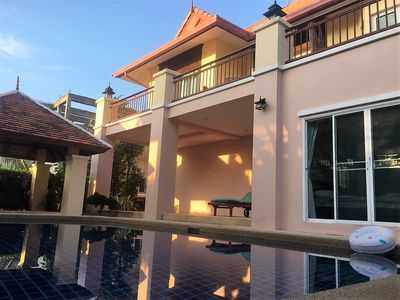 Photo for Large villa with private pool in quiet area