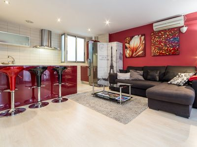 Photo for TH L' Eixample. - Apartment for 4 people in Valencia