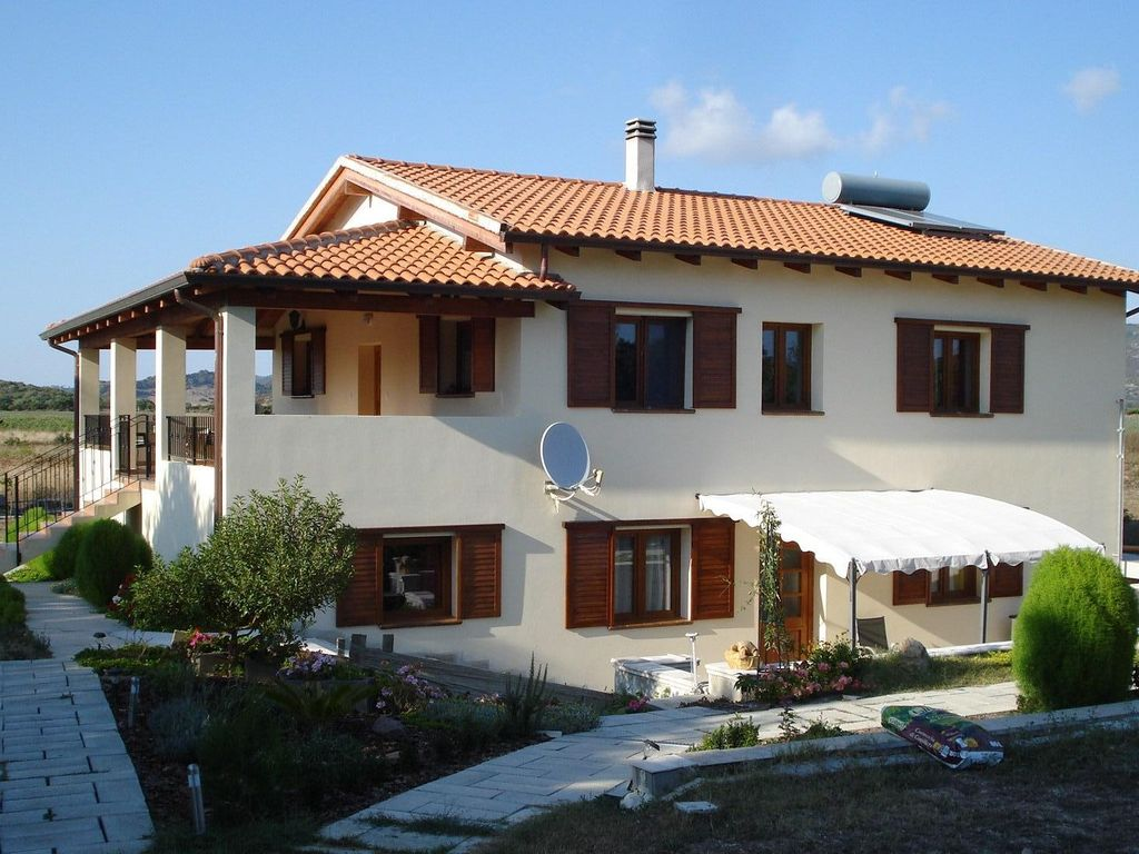 In Our House With A Large Garden Children Homeaway Alghero