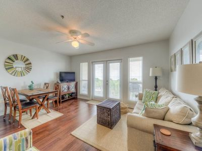 Photo for Gulf Place Caribbean 410 **Your NW Florida summer vacation awaits!