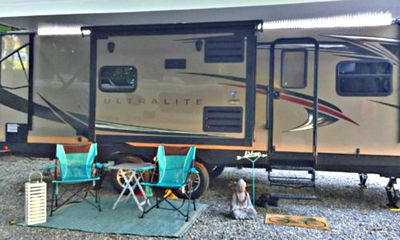Photo for 2017 Winnebago Ultralite – Sleeps 4  Located At Beautiful Brookside Cottages!