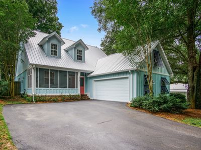 Photo for Coastal Cottage in Walking Distance to Mobile Bay Sunsets