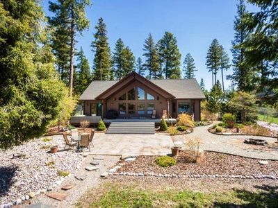 Photo for Beautiful Lakefront House With Private Dock On Lake Mary Ronan