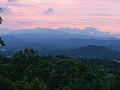 Photo for Experience the everchanging Blue Ridge Mountains