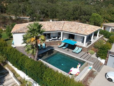 Photo for Villa with heated swimming pool on the ground floor in a private domain