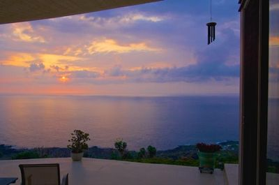 Infinity ocean and sunset view from the lanai
