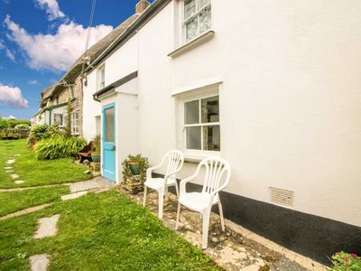 Photo for Crotchet Cottage - sleeps 4 guests  in 2 bedrooms