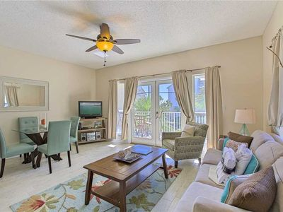 Photo for Caribbean Dunes 207 - Scenic Gulf Drive! Steps to the Beach! Community Pool!