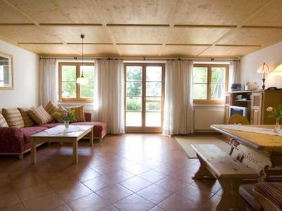 Photo for 2BR Apartment Vacation Rental in Huglfing