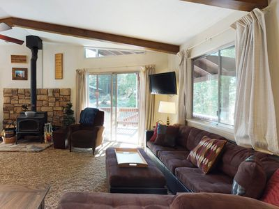 Photo for Dog-friendly retreat with wood-burning stove & private grill, shared pool access