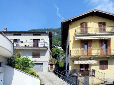 Photo for Apartment CASA BEGONIA (OSS400) in Ossuccio - 5 persons, 3 bedrooms