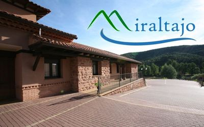Photo for Houses and Apartments Miraltajo for 4 people