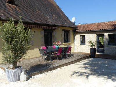 Photo for Promo June / July / August comfortable house Sarlat 12 people with private pool
