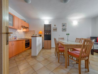 Photo for Holiday Apartment Mary with Sea View, 70m to the Beach, beautiful quiet location