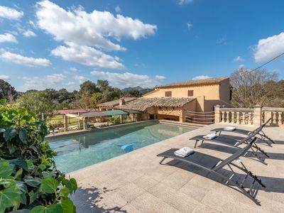 Photo for Fantastic Country Estate with Pool, Wi-Fi, Air Conditioning and Tennis Court