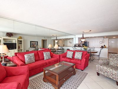 Photo for Shoreline Towers 1074 - Casual and comfortable with great views of the beach.