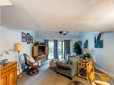 Photo for NEW LISTING! Lovely condo w/ shared pool & tennis - dogs welcome!