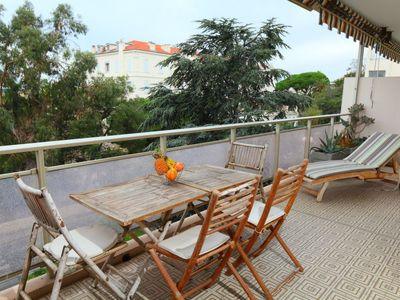 Photo for One bedroom Apartment, sleeps 4 in Cannes with WiFi