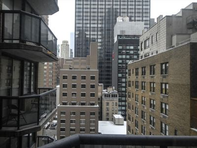 Photo for Modern 1 Bedroom Apartments near Broadway