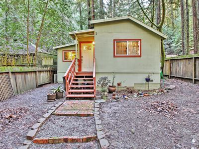 Photo for Quiet Guerneville Cottage w/ Redwood Forest Views!