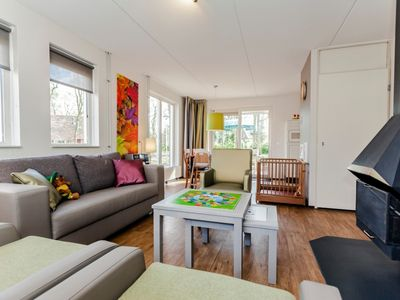 Photo for 6-person children's bungalow in the holiday park Landal Landgoed 't Loo - on the water/recreation lake