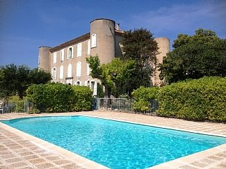 Photo for Stunning 'Loft Style' Studio In Beautiful Chateau, Private Pool, Tennis Court